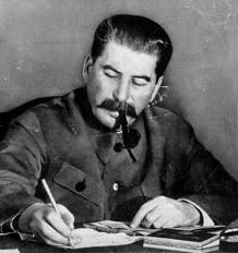 STALIN SMOKING A PIPE